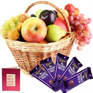 giftbag: fresh fruits ,greeting cards with chocolates Delivery in Ajmer