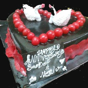 Midnight Delivery of Fresh black forest Cakes in ajmer