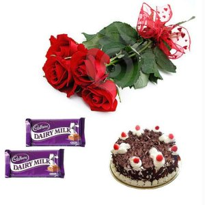 Midnight Delivery of Fresh Flowers and cake in Ajmer