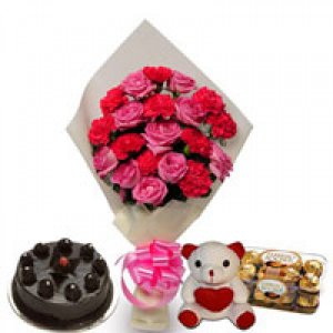 Midnight Delivery of Fresh Flowers with cake in Ajmer