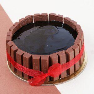 Classy KitKat Punch Cake