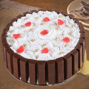 Classy Kitkat Beauty Cake