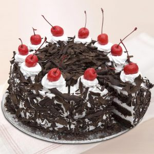 Lovely Black Forest Eggless Cake : Giftzbag