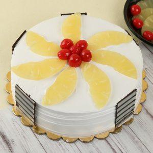 Delicious Pineapple Cake : GiftzBag.com