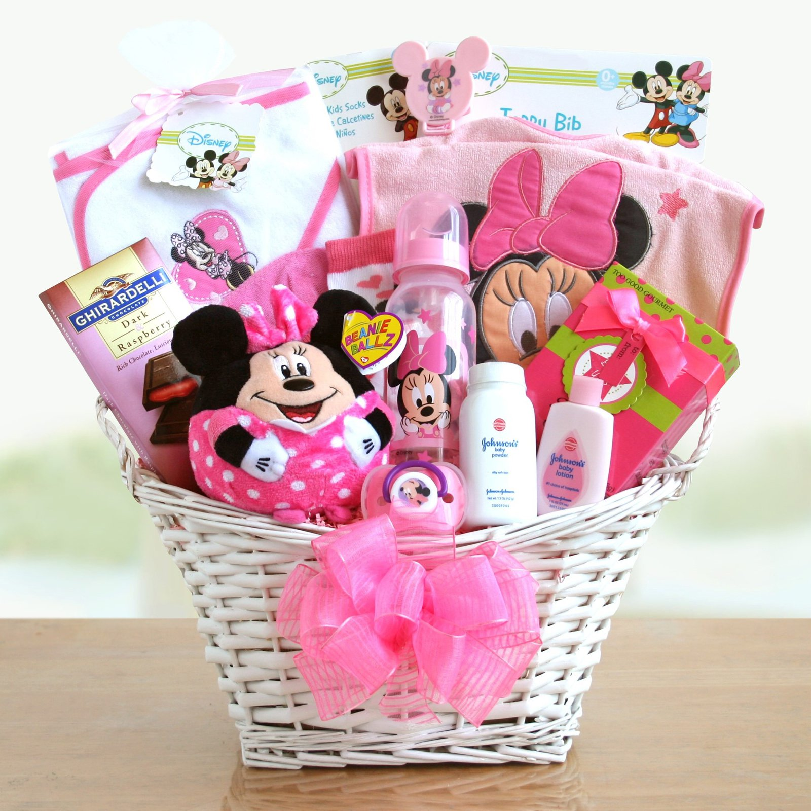Favorite-Minnie-Mouse-Baby-Girl-Gift-Basket-Gift-Baskets -6530