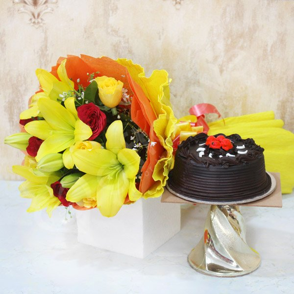 Categories Anniversary Cake Combos Flowers Birthday Cakes Bunches Combo