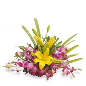 online Lily flowers bouquets delivery in India