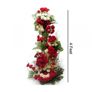 4 fit red roses arrangement