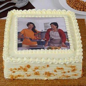 Tempting Photo Cake