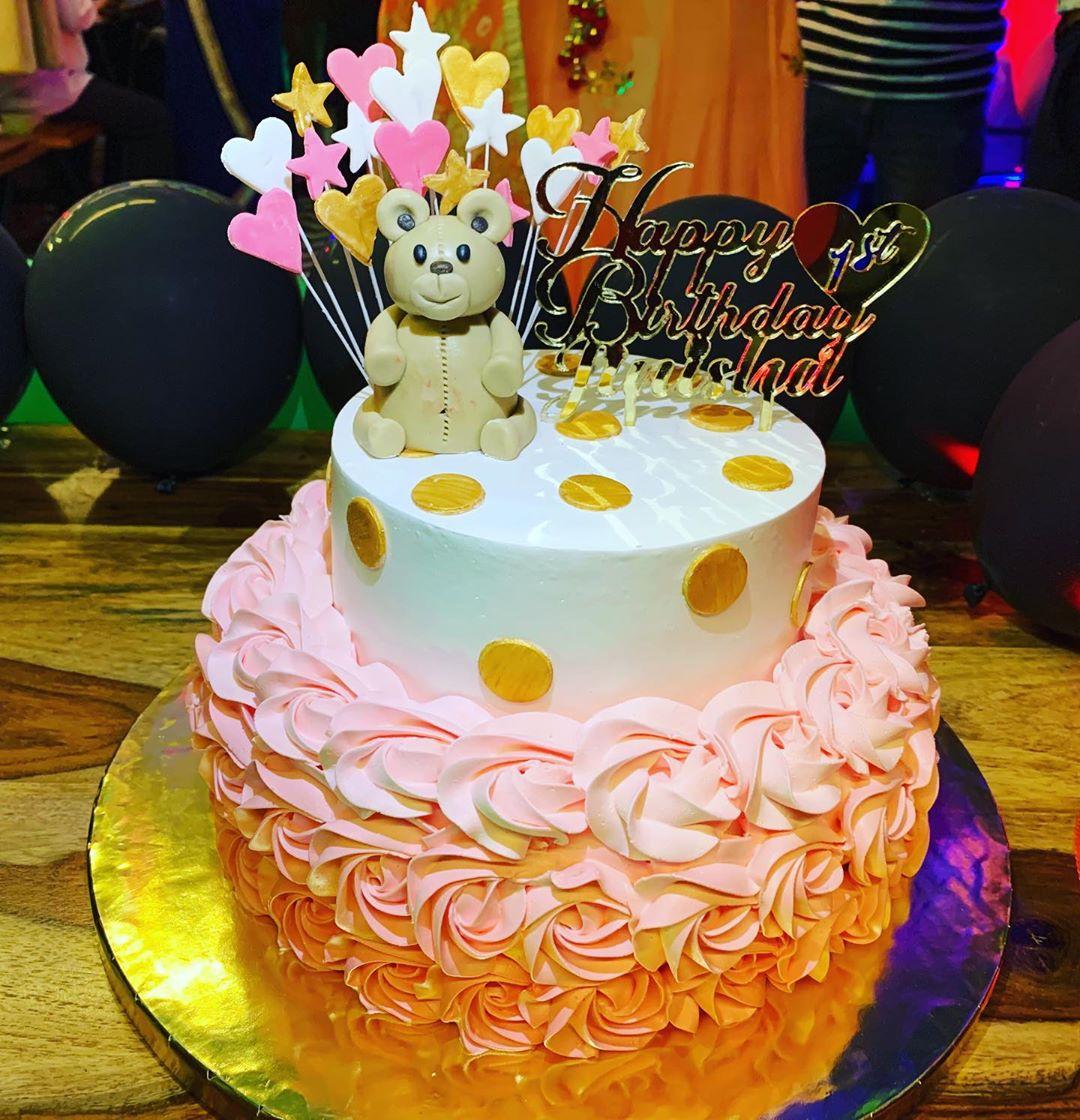 Swell Kids Pooh Birthday Cake Funny Birthday Cards Online Aeocydamsfinfo