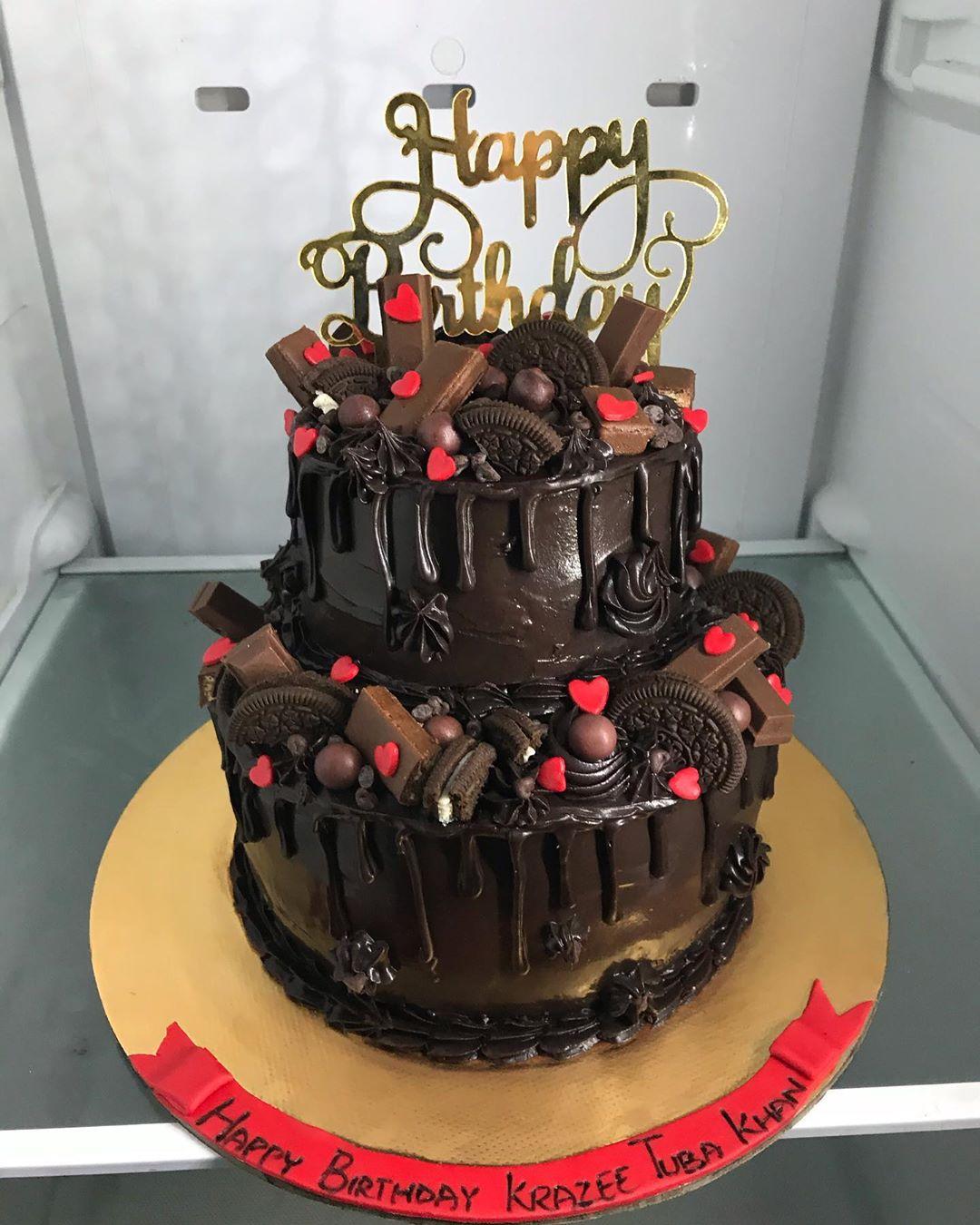 2 Tier Chocolate Oreo Cake
