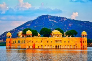 Jal Mahal is one of the Best Places to Visit in Jaipur for Couples