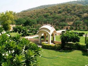 Sisodia Rani Garden is also a Romantic Place in Jaipur