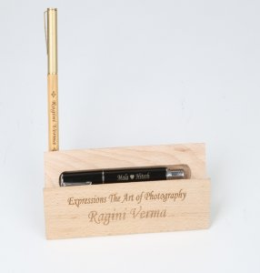 personalized pen stand with pen