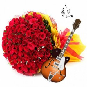 50 Roses Bunch with Guitarist at Home