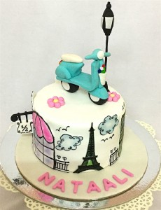 Beautiful Love Cake Paris Theme