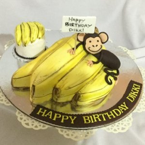 Banana and Monkey cake