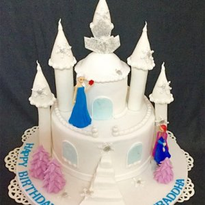 Happy Birthday Customized Frozen Castle Cake