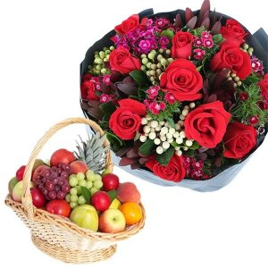 SWEET HEART FRUITS WITH ROSES