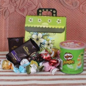 Assorted Chocolate With Pringle Hamper