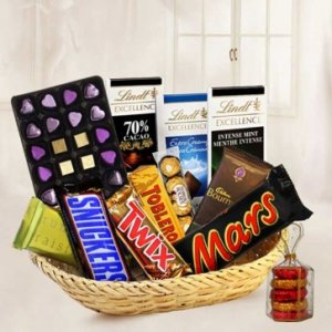 Exquisite Chocolate Gift Basket