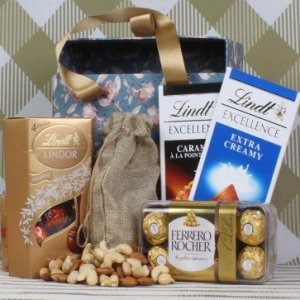 Unique Hamper For Special One