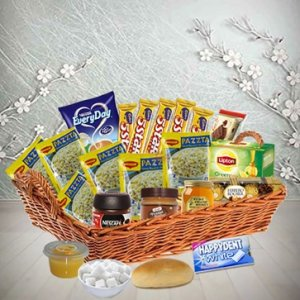 Savory and Sweet gourmet Treats Hamper