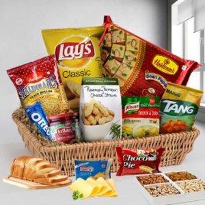 Amazing Gourmet Gift Hamper Basket