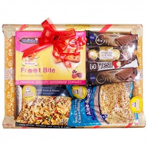 Blissful Sweets N Namkeen Hamper In A Tray