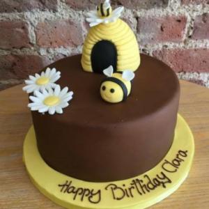 Bee Bee Cake