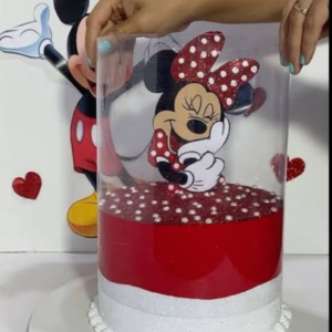 Minnie Mouse Pull me up Cake