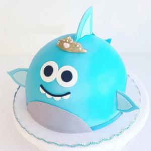 Simple Baby Shark Cake